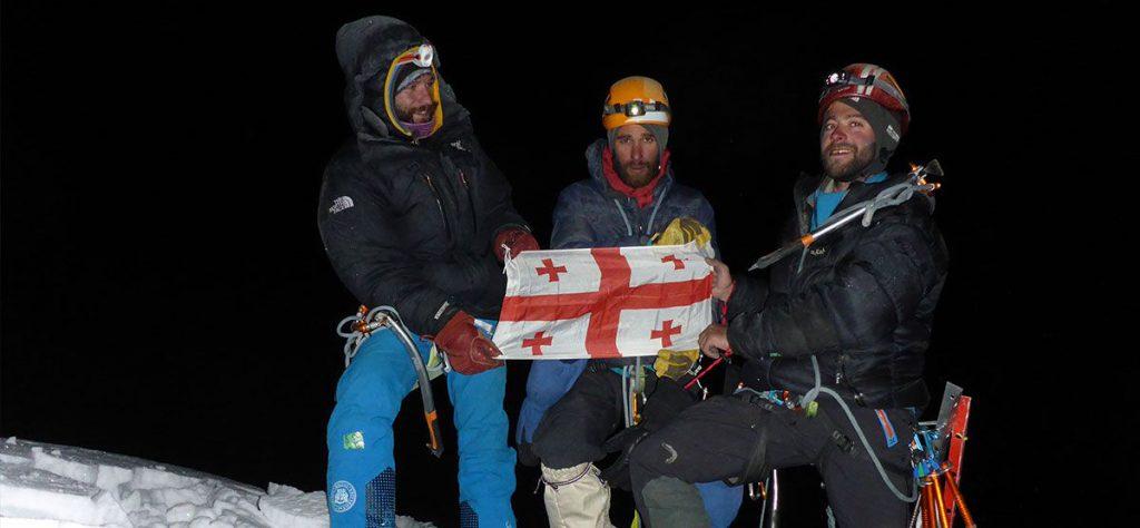 first-ascent-of-larkya-lha-main-peak-1
