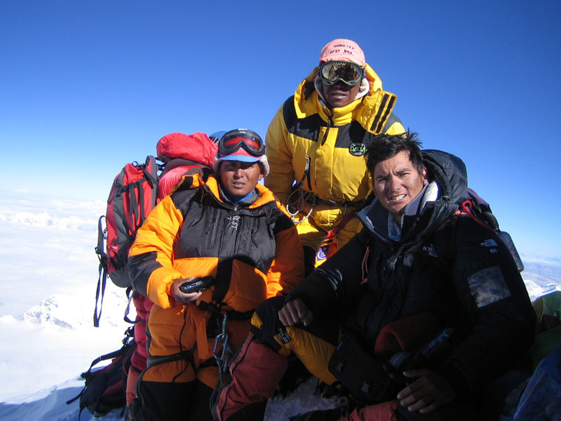Climb with the Eco Everest Expedition
