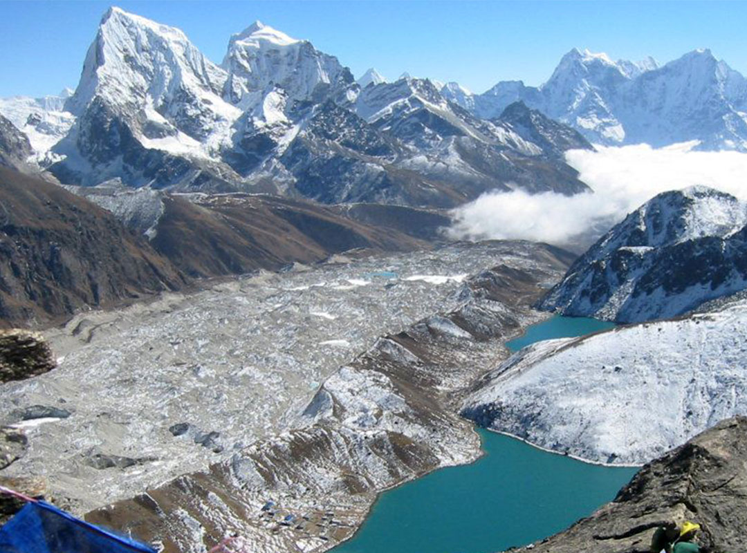 Everest Gokyo Ri – Chola Pass Trek