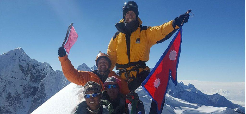 cholatse-summit-1