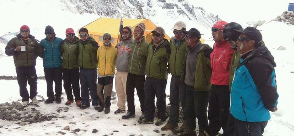 anish-messenger-of-peace-mt-everest-expedition-pic