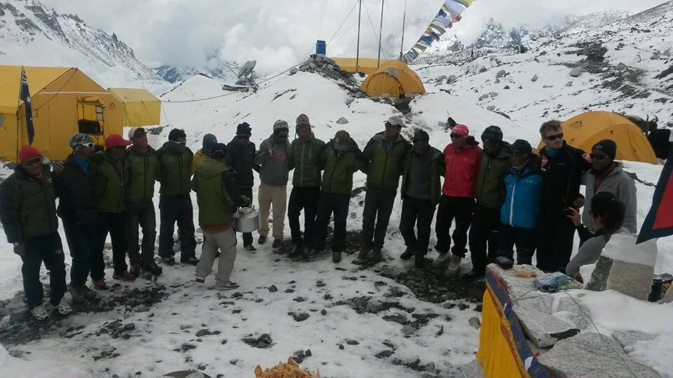 asian-trekking-eco-everest-expedition-2015-puja-pic2