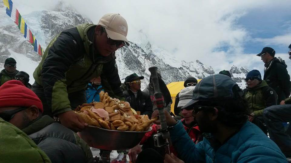 asian-trekking-eco-everest-expedition-2015-puja-pic4
